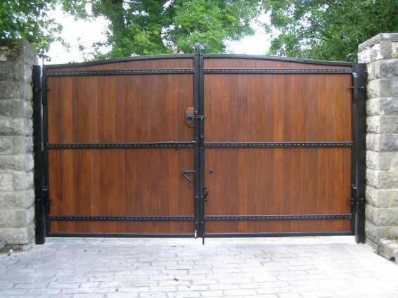 Wooden Gates Hardwood Timber Gates Metal Frame Eletric