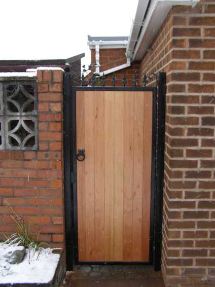 Wooden Gates Hardwood Timber Gates Metal Frame Eletric